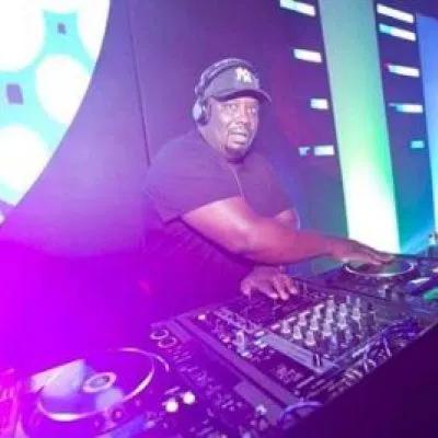 DJ Scott The Deep In Me 2020