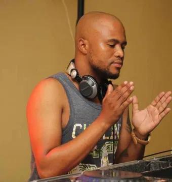 KnightSA89 Ikwekwezi FM Exclusive Mp3 Download